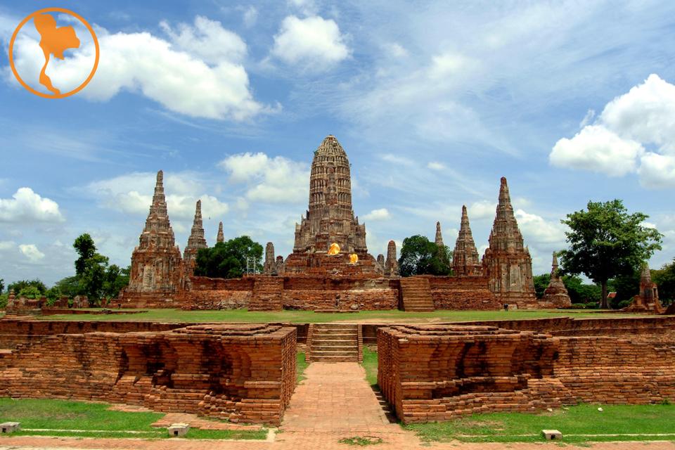 wat-chaiwatthanarm-ayutthaya-descubre-tailandia