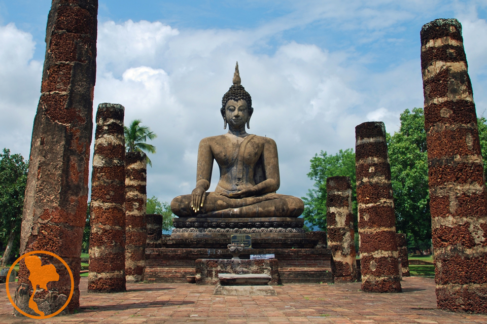 wat-mahathat-sukhothai-descubre-tailandia